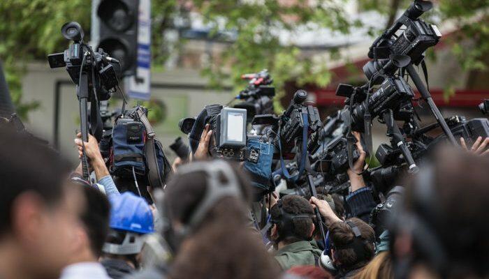 safejournalists:-srpska-policija-da-osigura-bezbjednost-medijskih-radnika-na-protestima