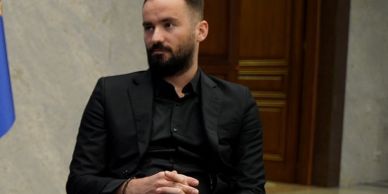 safejournalists:-pokusaj-paljenja-automobila-kosovskog-novinara-kajtazija