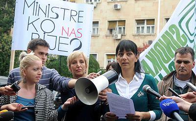 protest-zbog-nerjesavanja-slucajeva-napada-na-novinare